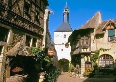 6. France – Bourgogne, près de Dijon, Médecine d'Urgence