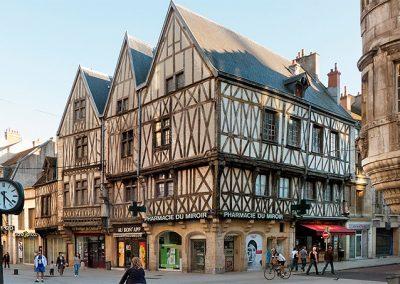 17. France – Bourgogne, près de Dijon, Oto-Rhino-Laryngologie